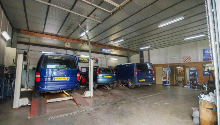 Garage Boer- Werkplaats overzicht2